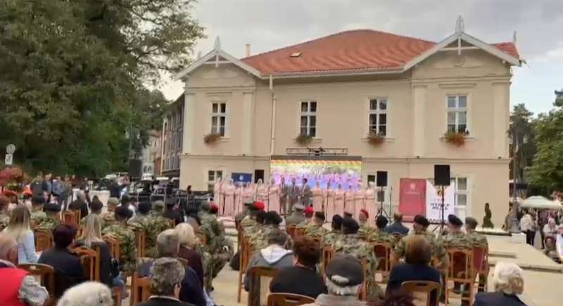 """Hor """"Isa-beg"""" nastupio na manifestaciji povodom Međunarodnih vojnih igara"""